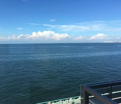 ベイビュー 夕日に輝く海は絶景です!