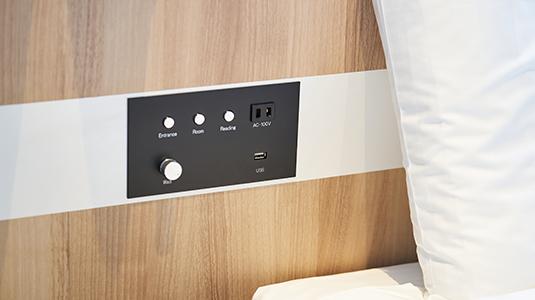 コンセント・USBポート付きベッド