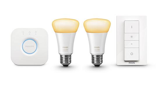 照明が調光、調色を全客室内設置の タブレットから操作できる電球を使用